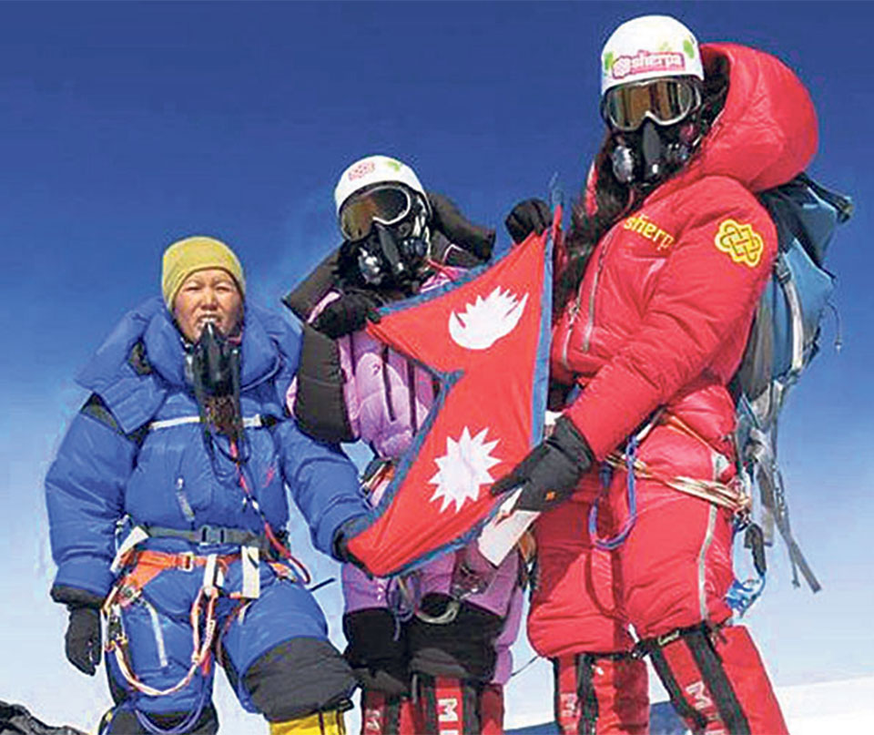15 Nepali women attempting Mt Everest this spring