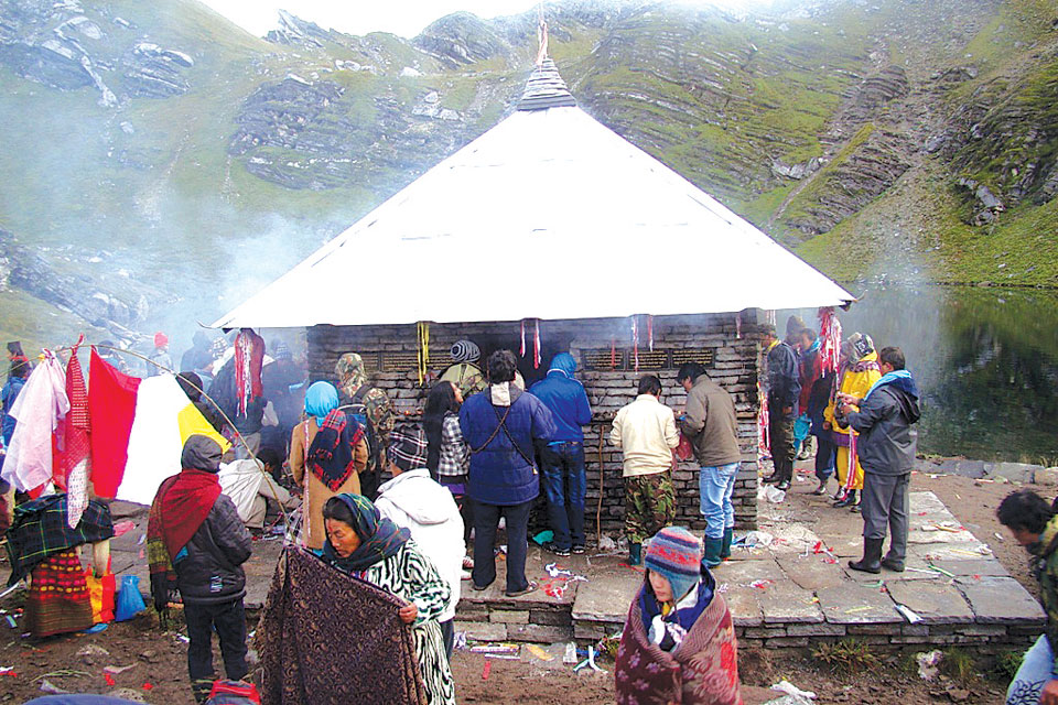 Wishing lake in Myagdi attracts devotees in hoards