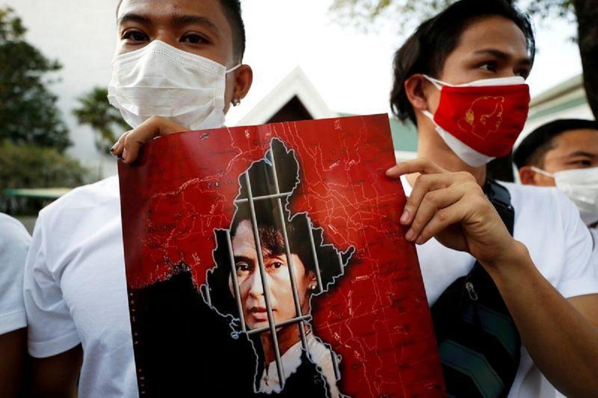 Myanmar doctors stop work to protest coup as U.N. considers response
