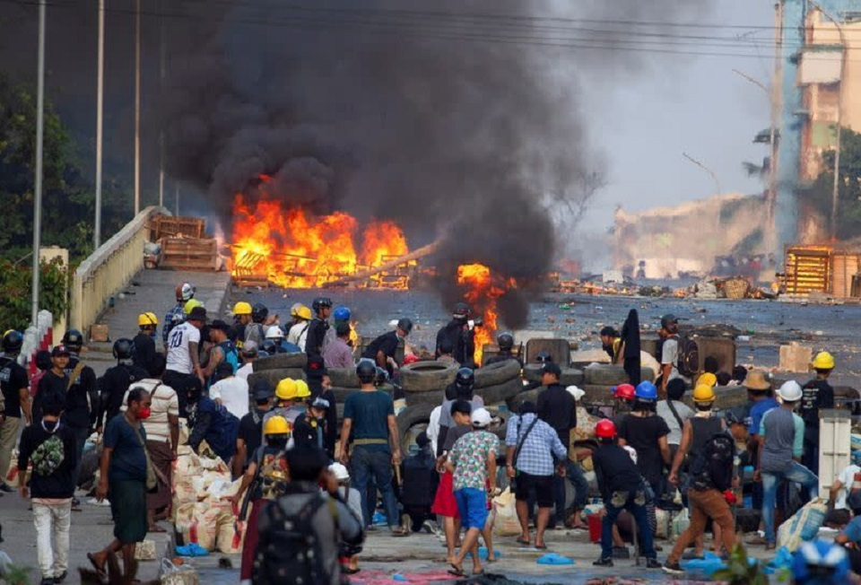 More than 300 people killed since Myanmar's coup