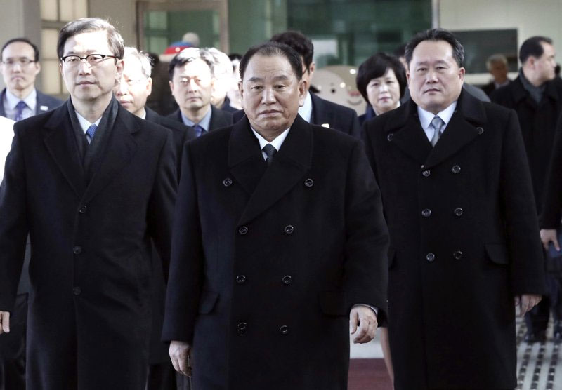 North Korean delegation arrives for Olympics closing show