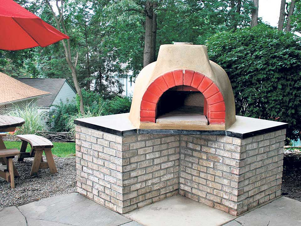 Making your own wood fire pizza