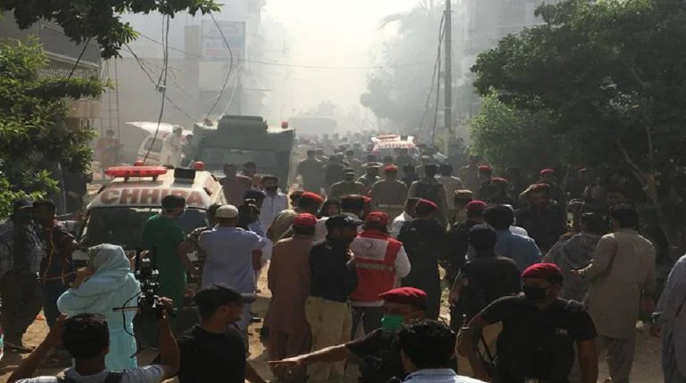 Plane crashes in Pakistan with 99 on board, many feared dead