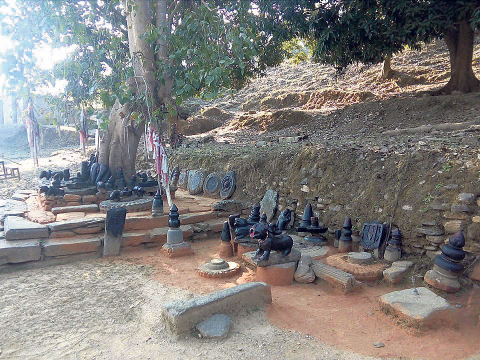 Priceless idols stolen from Padukasthan Temple of Dailekh