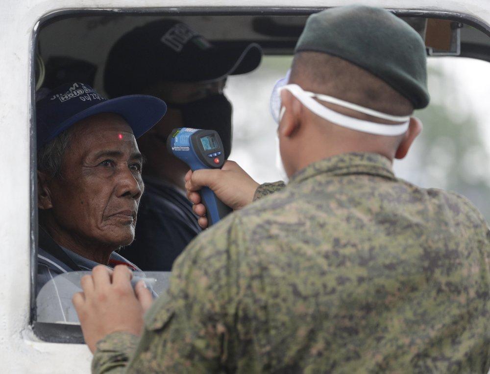 Philippines isolates Manila to fight coronavirus outbreak