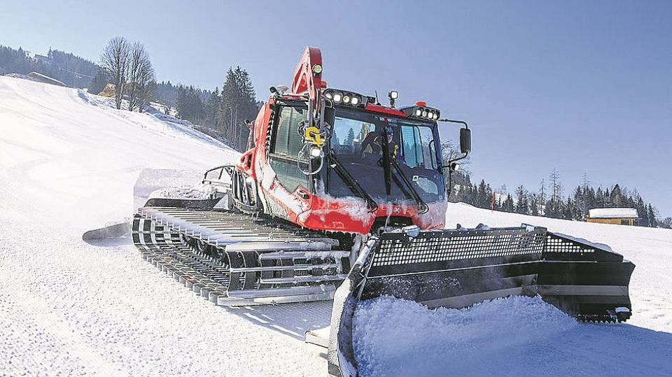 Country lacks proper equipment to clear snow