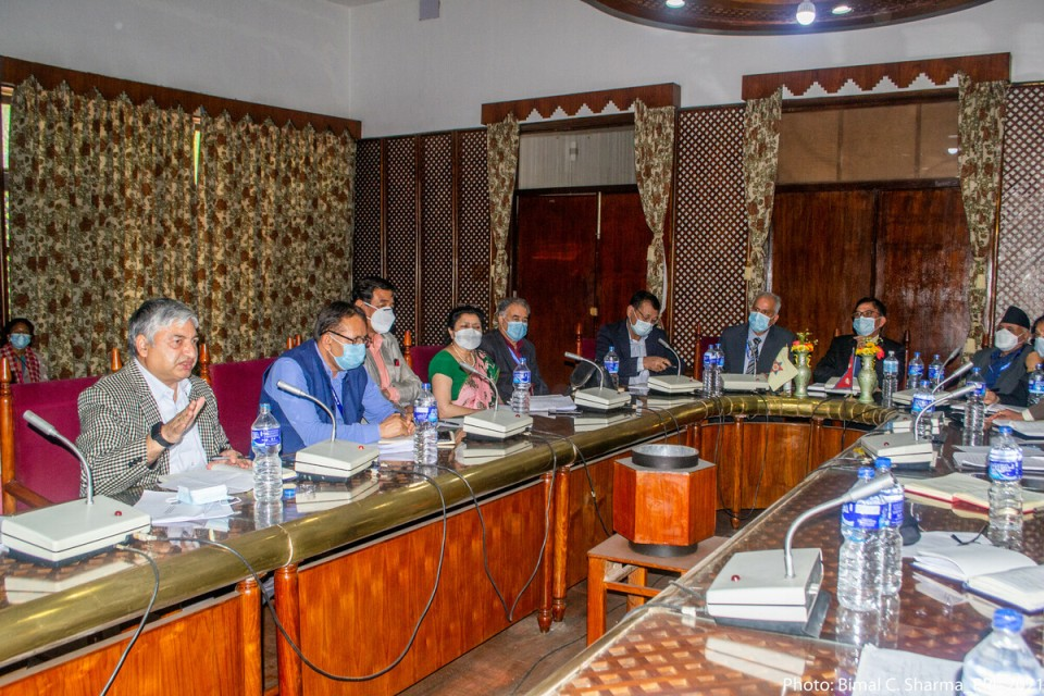 Experts highlight need for fostering culture of research, development and innovation in all govt policies