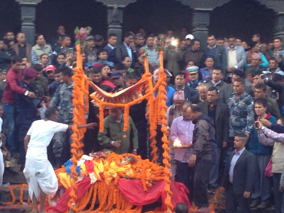 Pushpa Kamal Dahal lit funeral pyre on his son's body