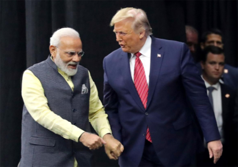 'Howdy, Modi!': Thousands, plus Trump, rally in Texas for India's leader