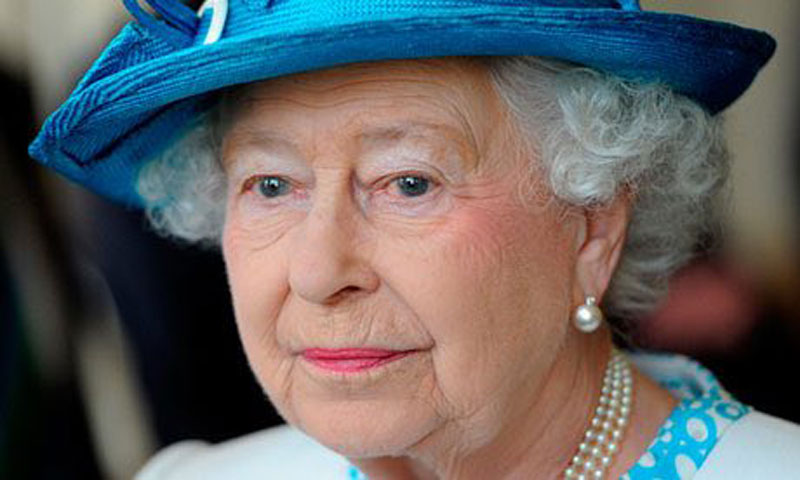 Paradise Papers: Queen's private estate invested millions in offshore funds, leaked files reveal