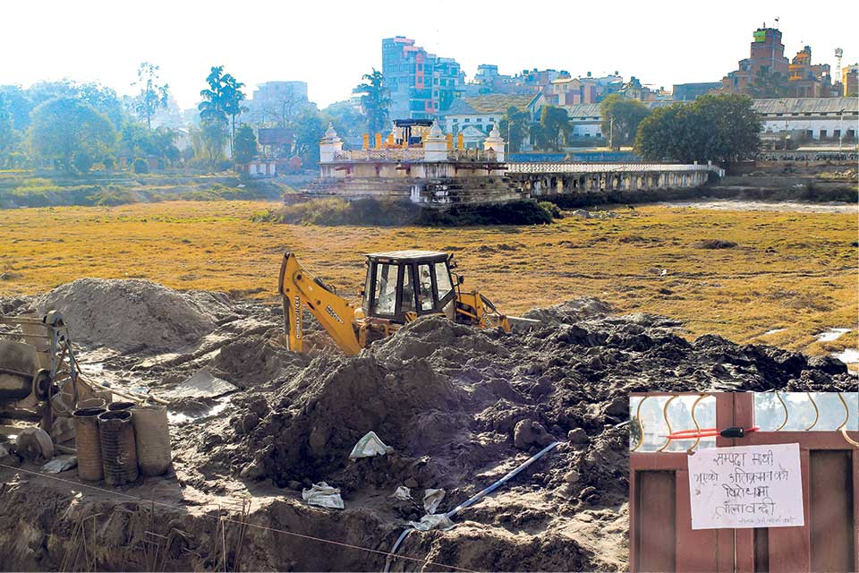 A wall of contention, Deputy mayor locks up Rani Pokhari, mayor cuts lock