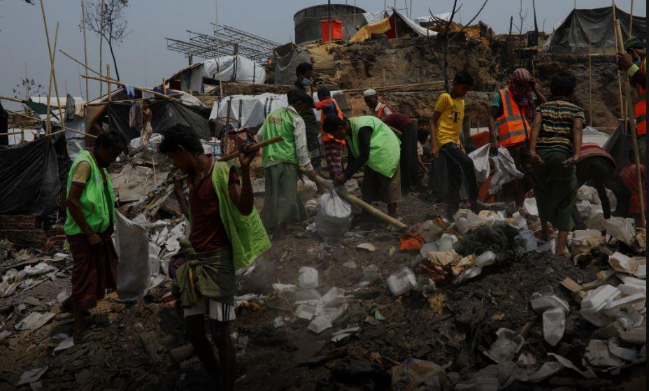 U.N. says 300 people still missing in Rohingya camp fire
