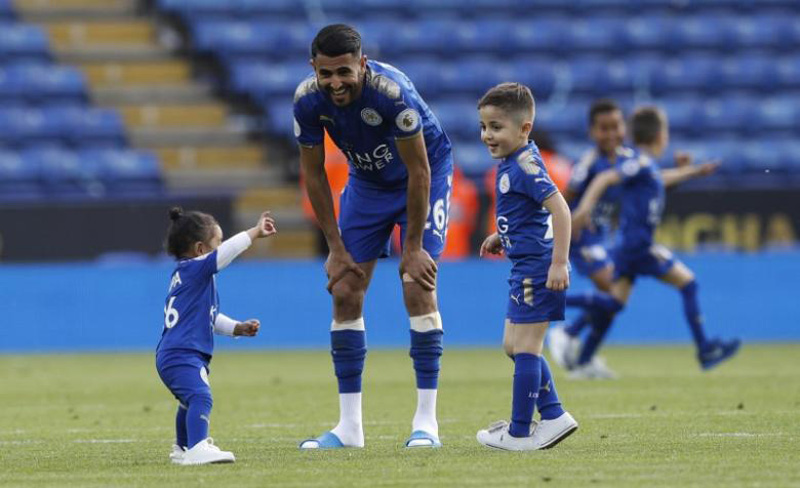 Mahrez says wants to leave Leicester: reports