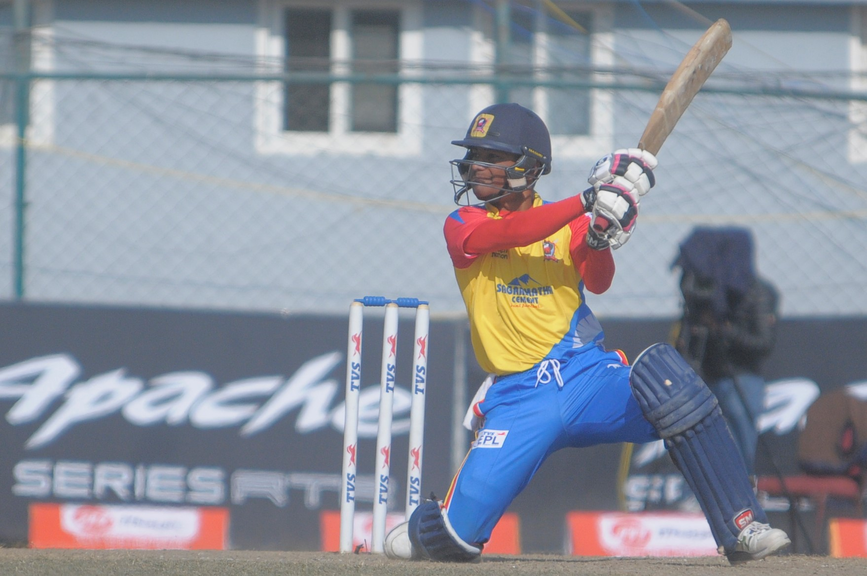 Rohit, Bisht powers Gladiators to second win