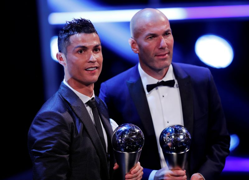 Ronaldo retains FIFA award for world's best player