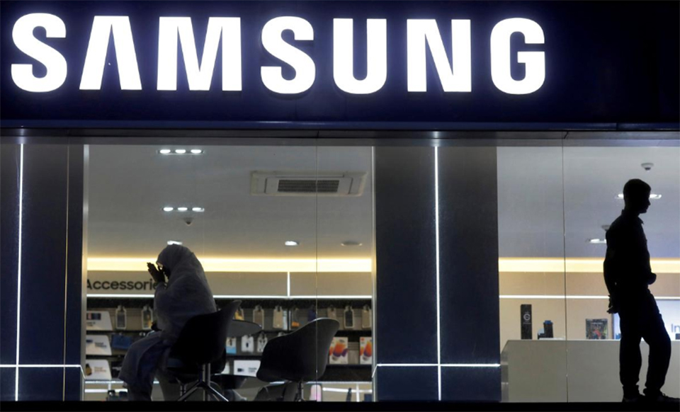 Samsung to offer financing to help to boost India smartphone sales