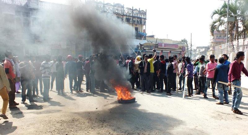 UDMF imposes 'banda' in Saptari to disrupt UML's campaign