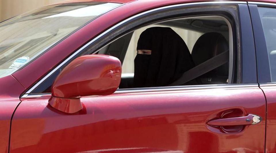Saudi king decrees women be allowed to drive