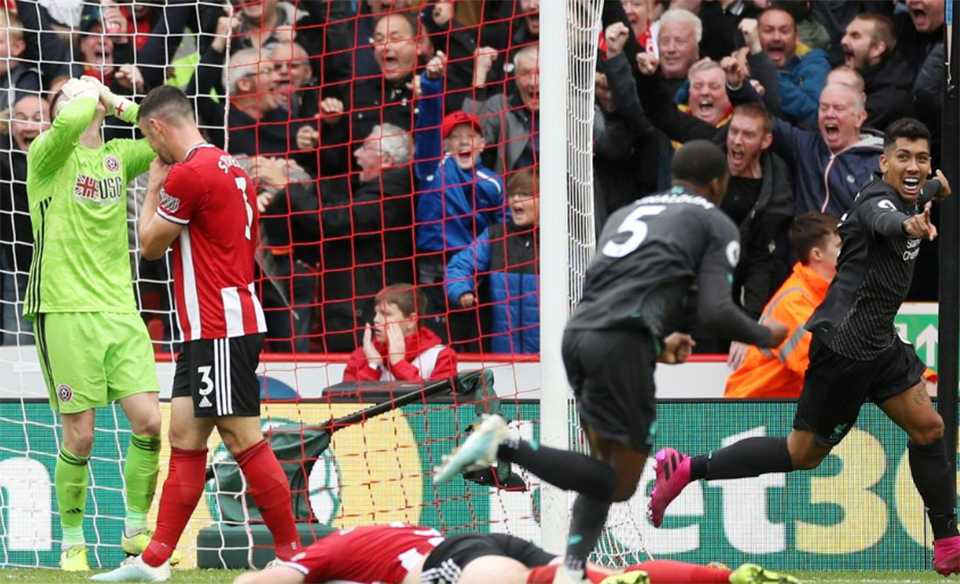 Sheffield United keeper howler hands Liverpool seventh straight win