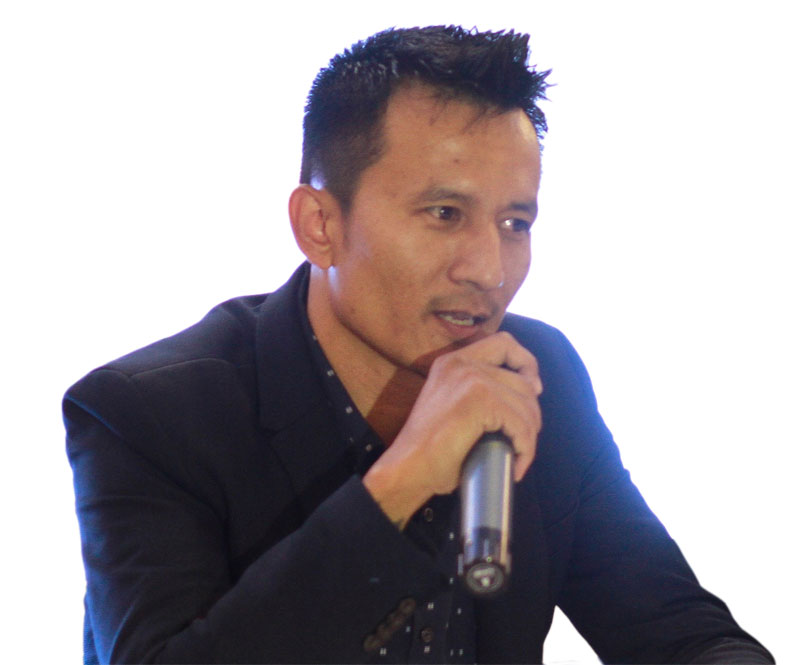 Managing Nepali artists' time, a new venture in Kathmandu
