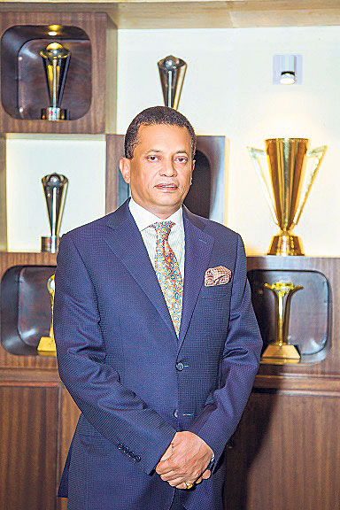 Siddartha Shamsher JBR receives highest individual taxpayer award: SGC