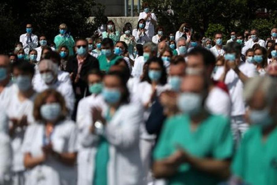 Spain's confirmed coronavirus cases surpass 200,000: health ministry