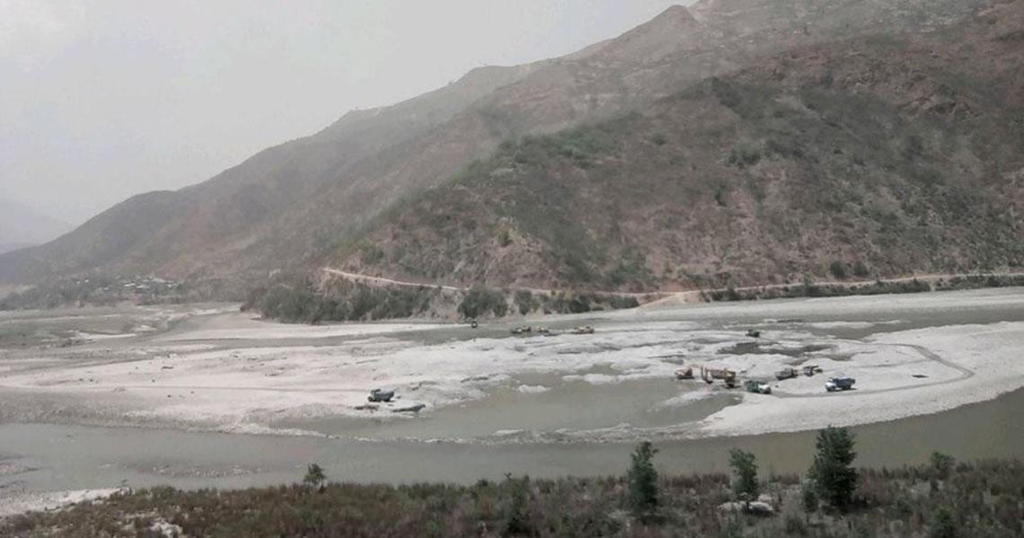 Random sand mining taking toll on the Sunkoshi River
