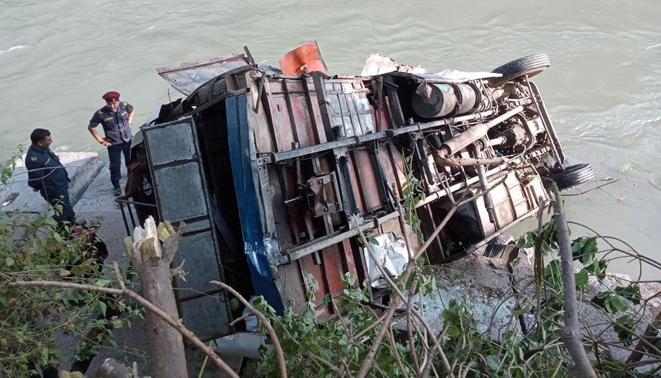 UPDATE: Death toll climbs to 16 in Sindhupalchowk bus accident (with photos)