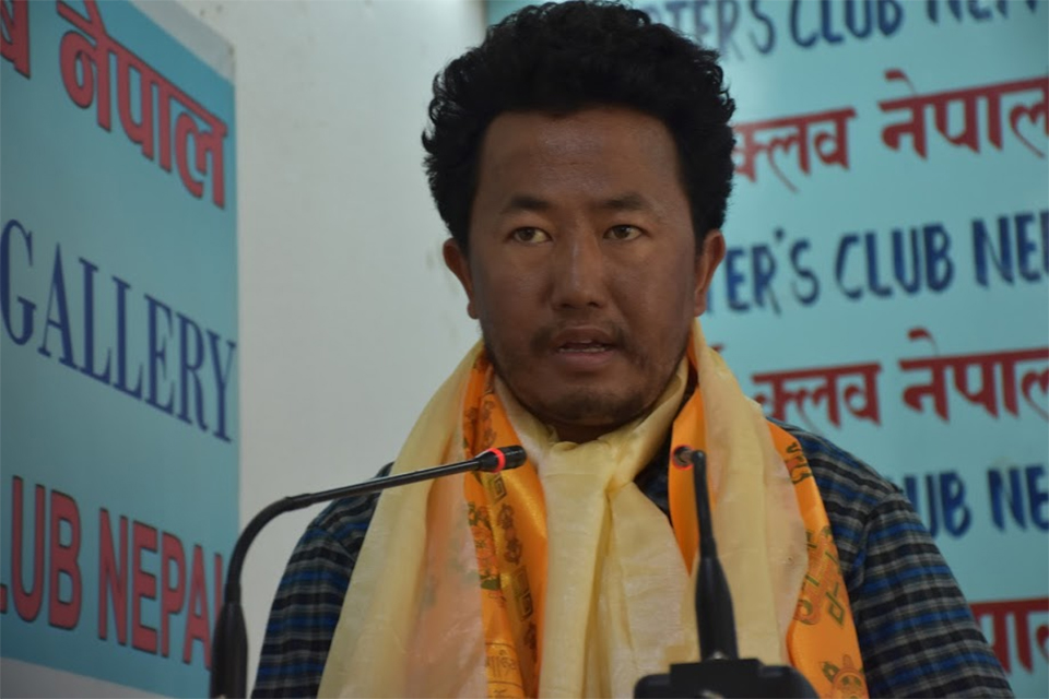 Youth Sherma scales Mt. Everest for world peace