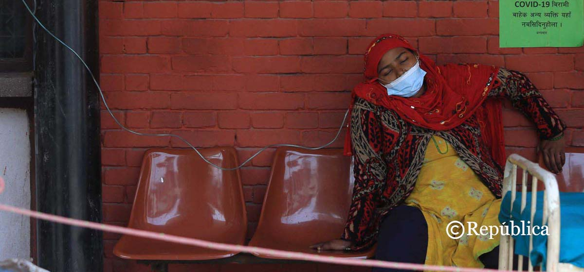 Teku Hospital runs out of COVID-19 beds, patients being treated outside of emergency ward