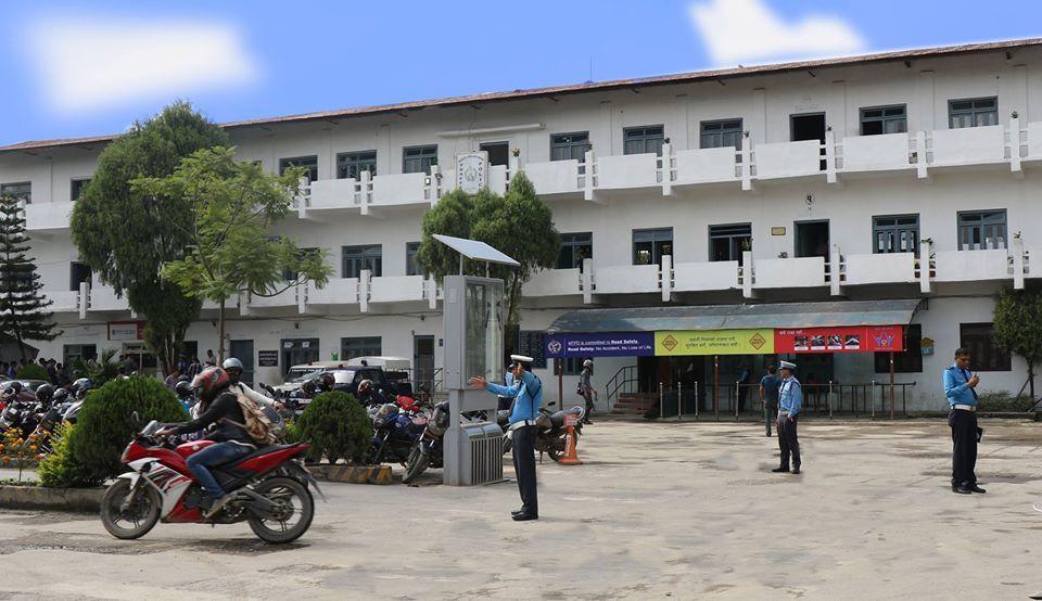 17 more traffic cops contract coronavirus in capital