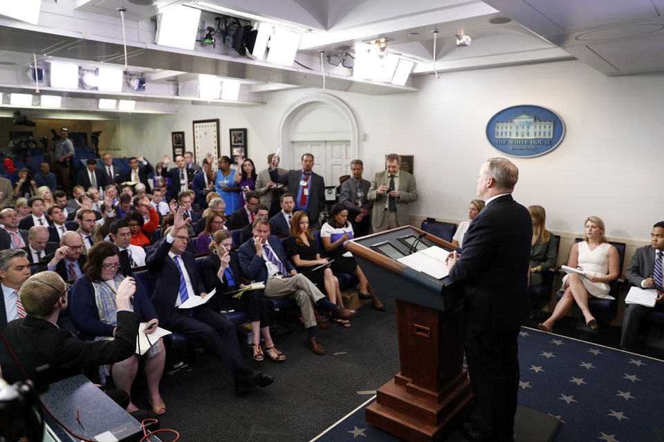 White House warns Syria's Assad against chemical attack