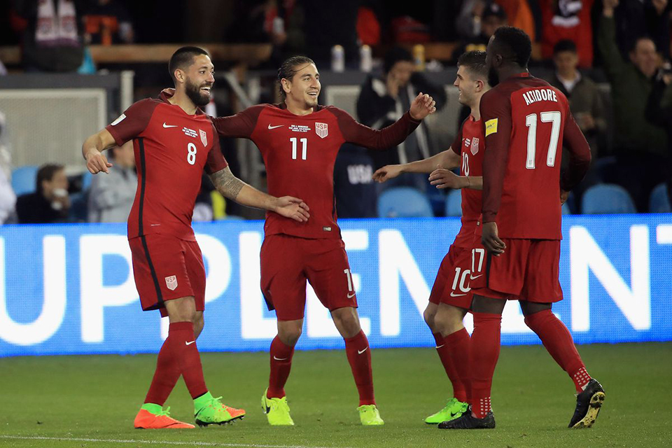 U.S. overrun Panama 4-0, boost 2018 qualification chances