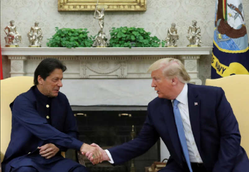 Pakistan says time right for Trump mediation on Kashmir