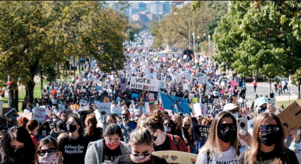 Thousands protest Trump's Supreme Court pick at Washington Women's March