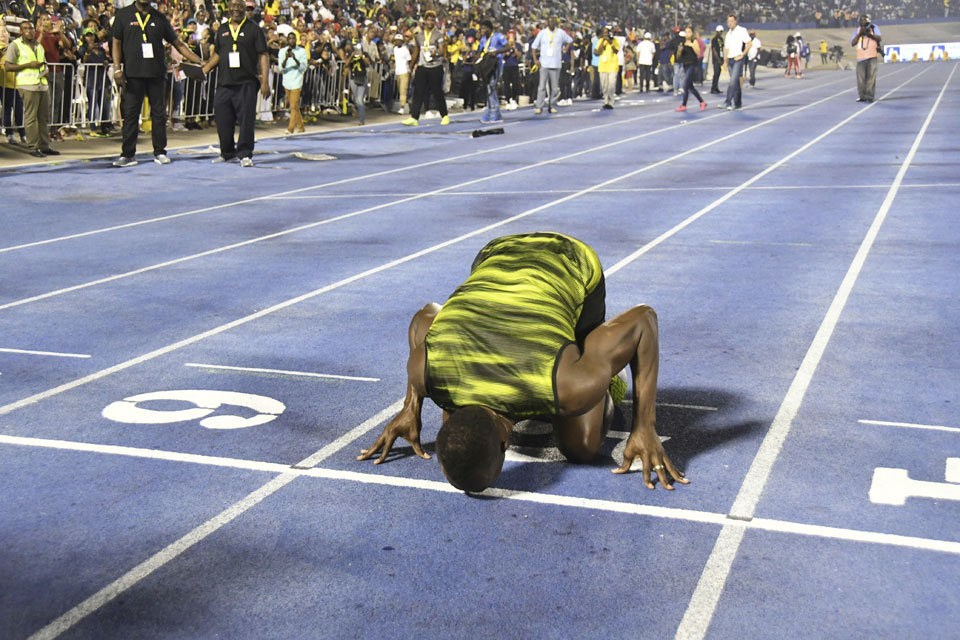 Fireworks, honors in Usain Bolt's farewell in Jamaica