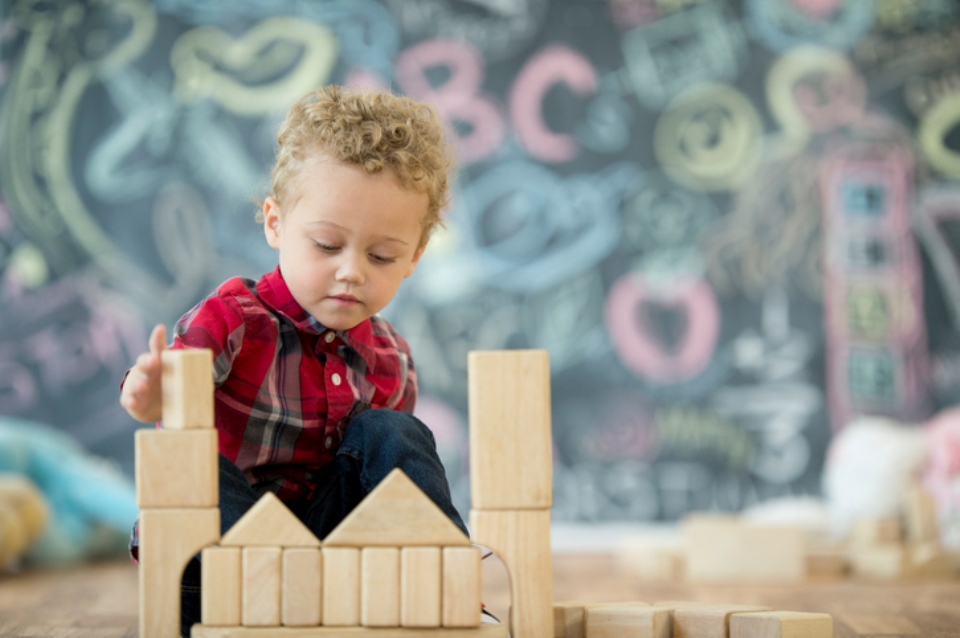 How to raise creative children