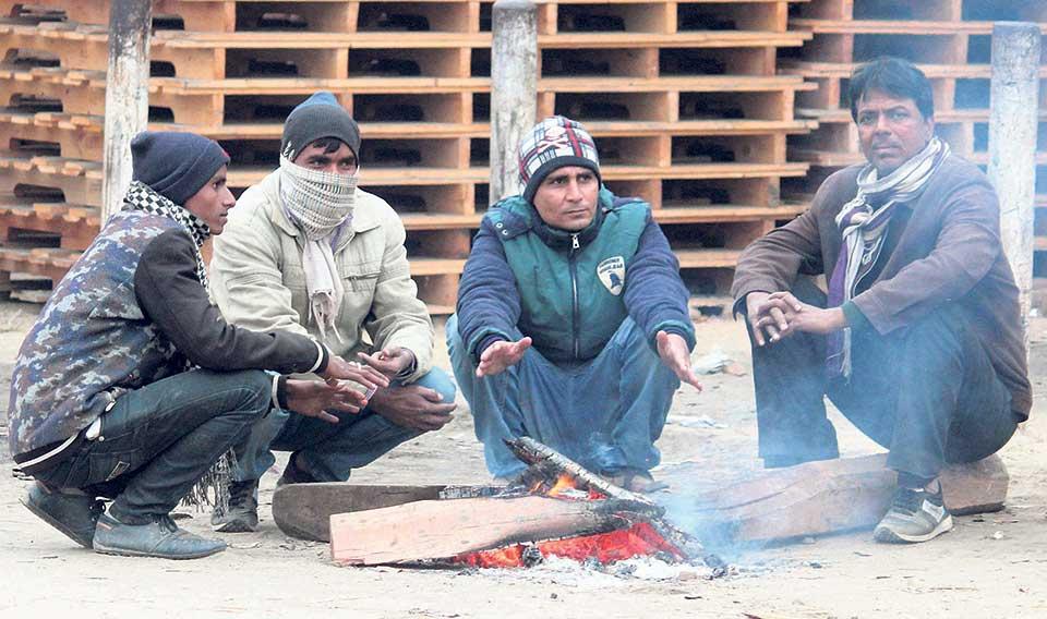 Westerly winds cripples life in Tarai