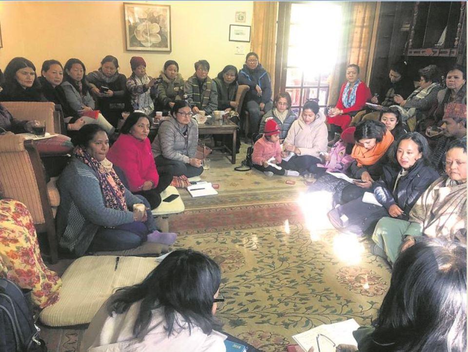 Women's rights activists laud Tumbahangphe not resigning
