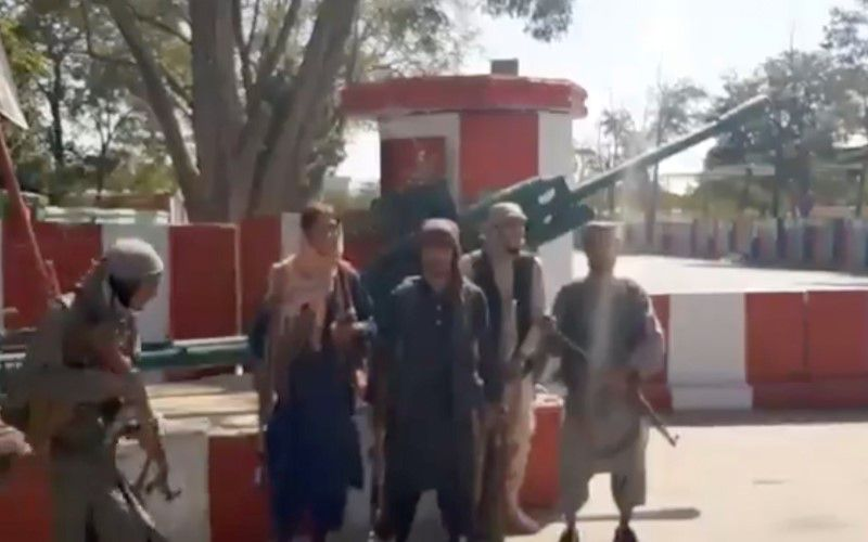 Taliban advances in Afghanistan, U.S. and Britain to evacuate embassies