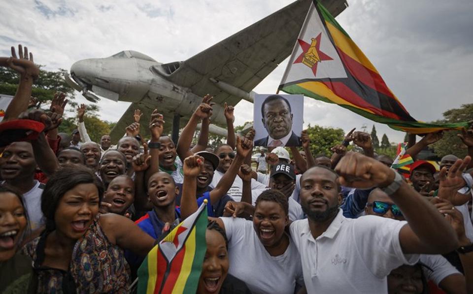 Zimbabwe poised to swear in new president, Mnangagwa