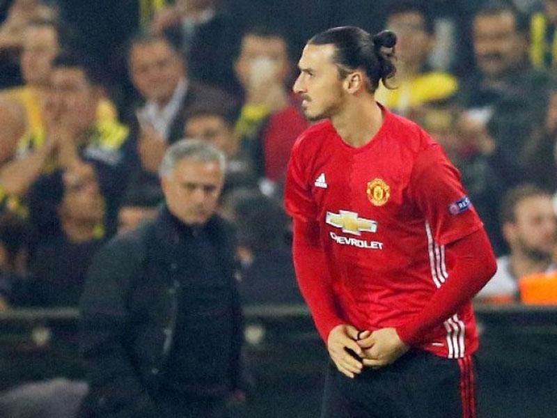 Mourinho backs misfiring Ibrahimovic