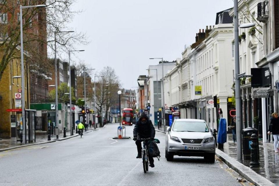 UK coronavirus death toll rises to 1,228