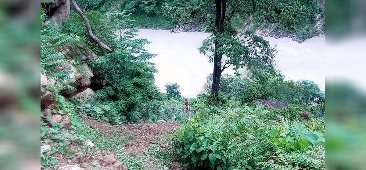 Couple missing after vehicle plummets in Karnali River