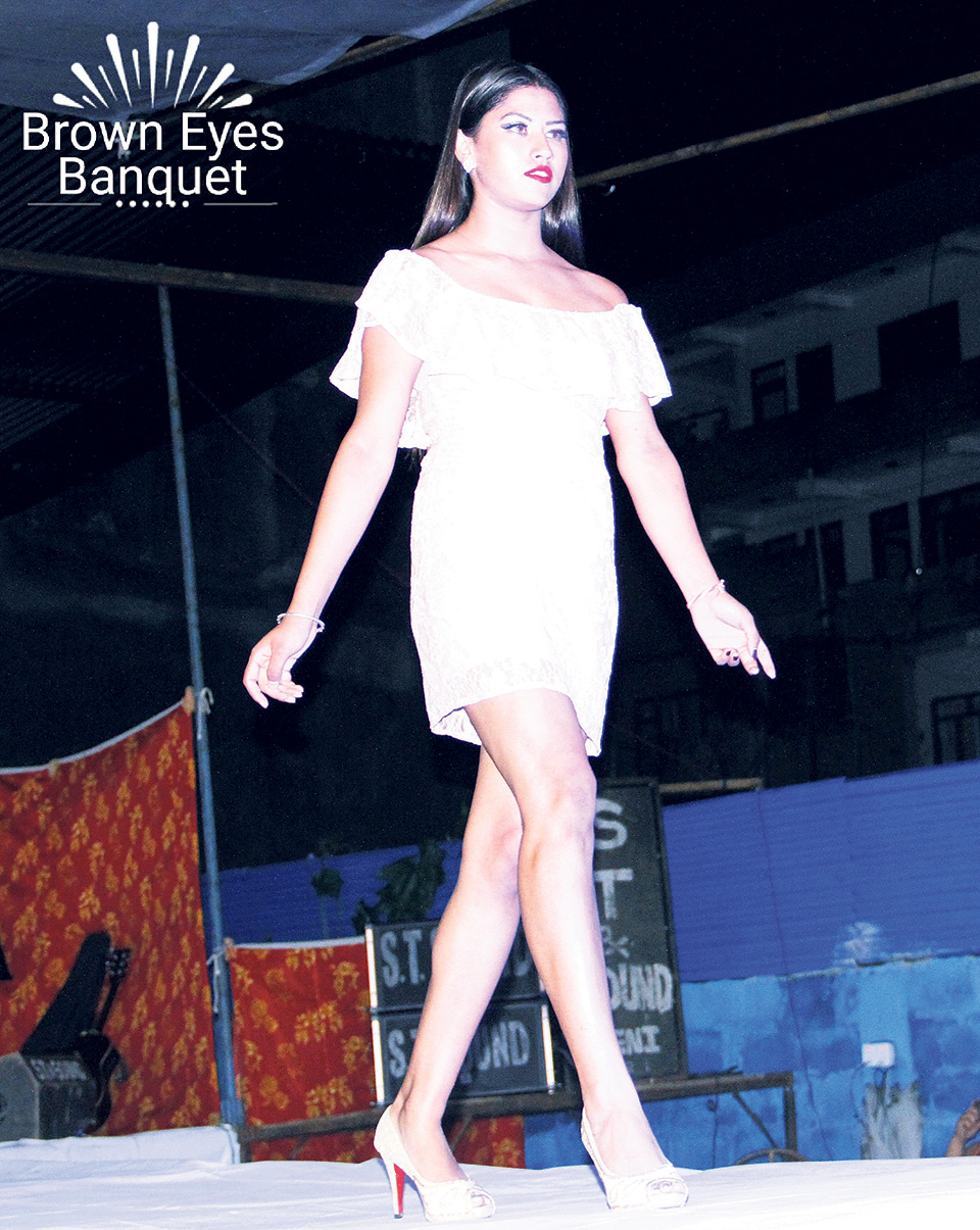 Baglung witnesses first fashion show