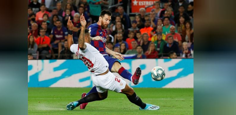 Ruthless Barca thrash Sevilla but have two players sent off