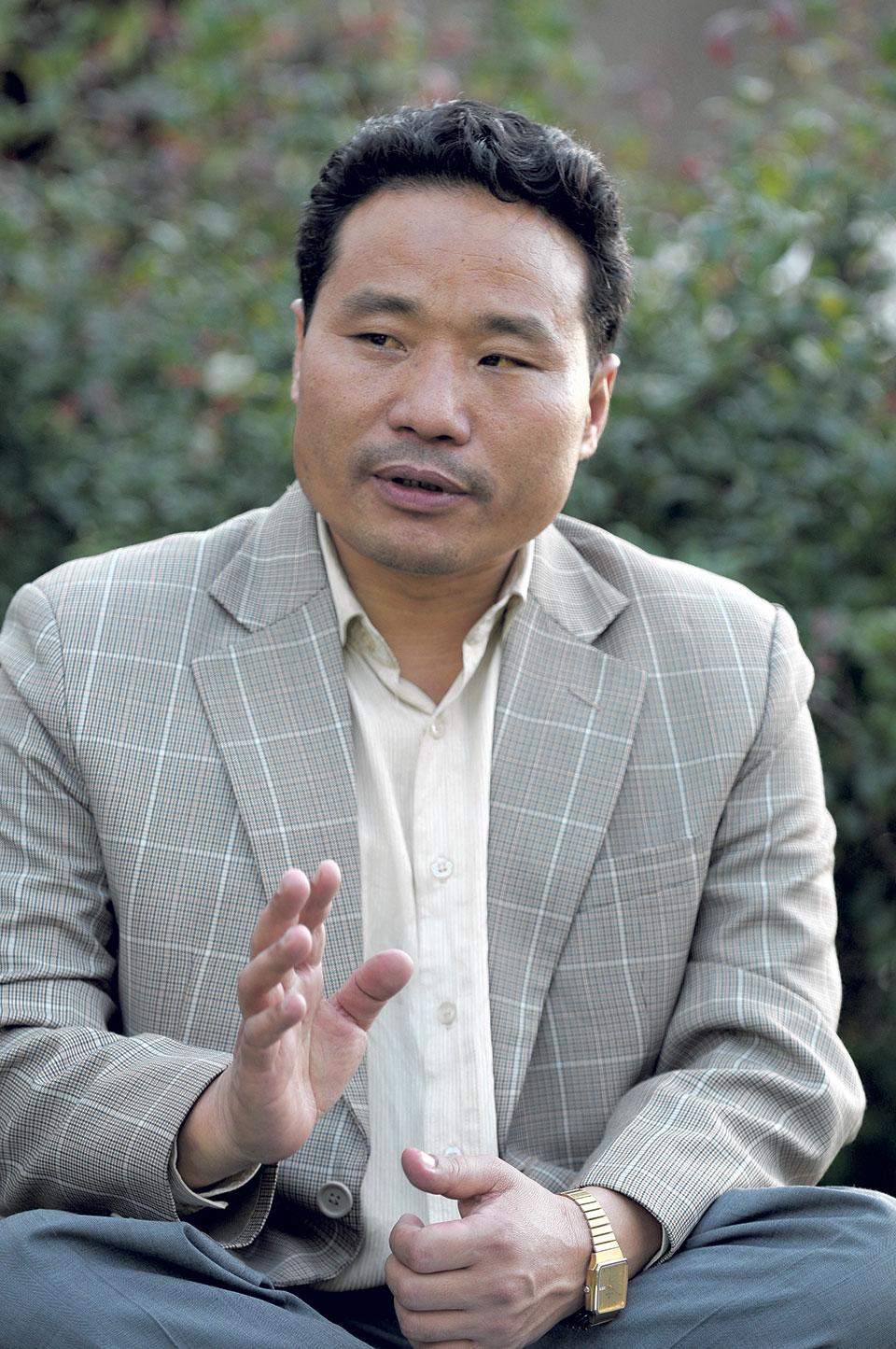 Shot fired at ex-minister Pun