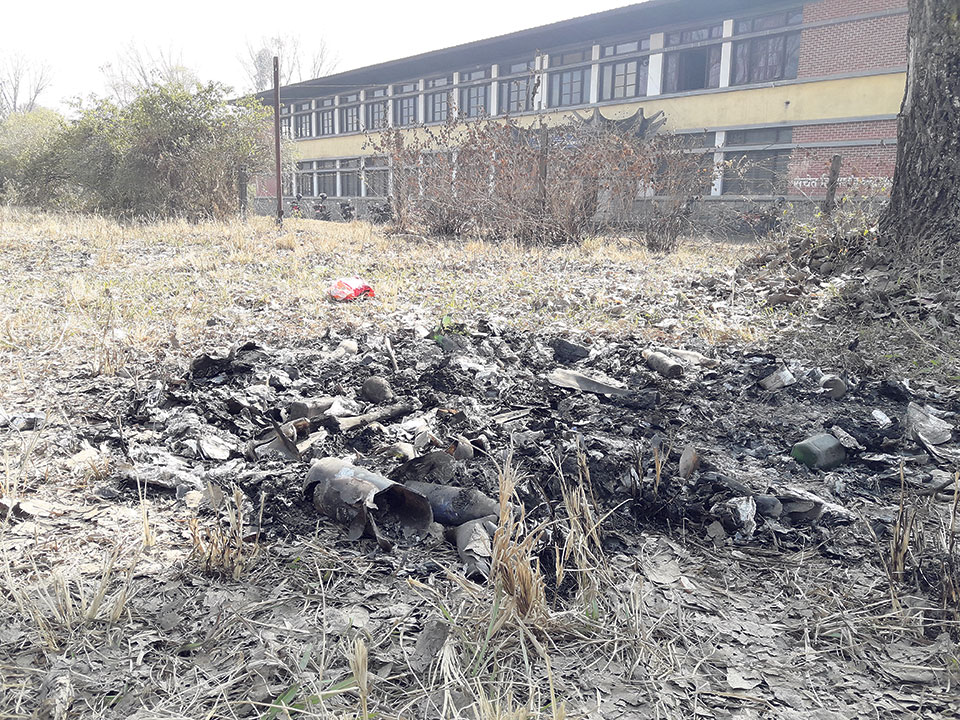 TU burns plastic wastes out in the open