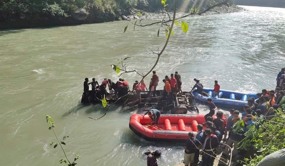 At least eight die in Sunkoshi bus plunge