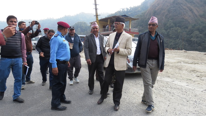 Province 3 Chief Minister  Paudel inspects Narayangadh-Mugling road section